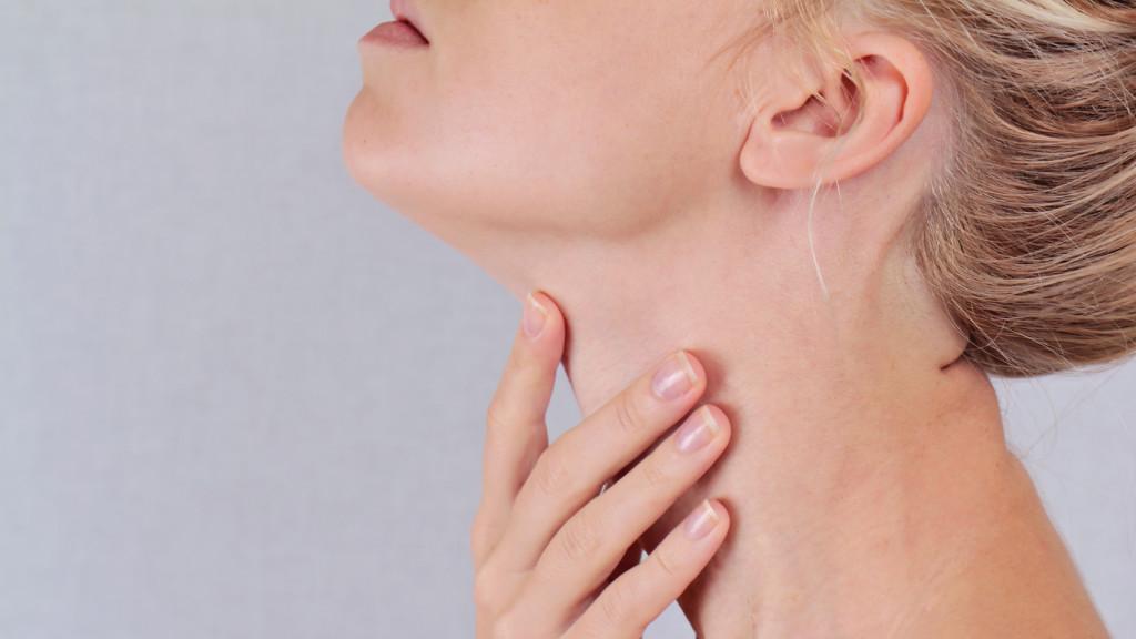 a nyaki papillómákat el kell távolítani)