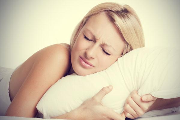 Alvás közben a fogcsikorgatás férgek