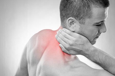 Torokfájás, rekedtség, köhögés: ezek a pajzsmirigyrák tünetei