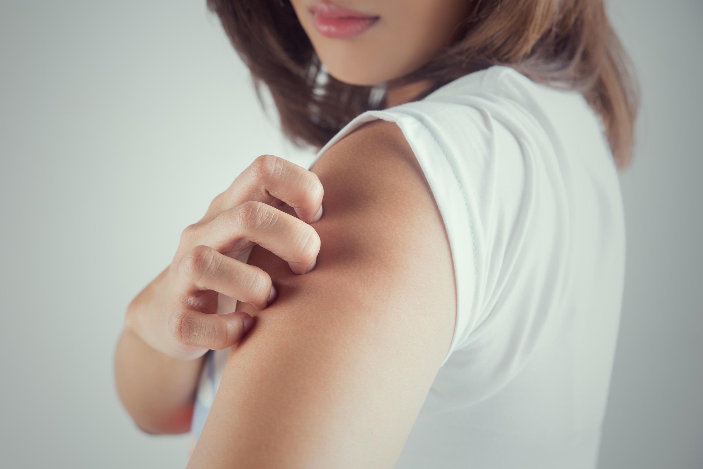 A bőrrák első tünetei nem a bőrön jelentkeznek: nem árt ismerni őket - Szépség és divat | Femina